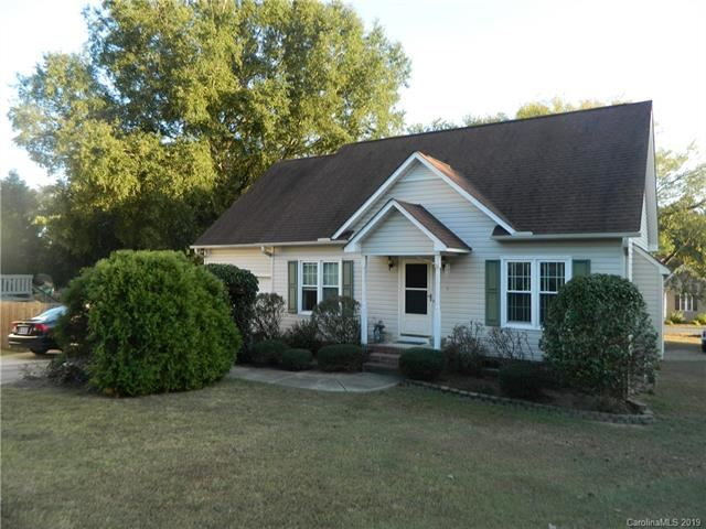 Photo for 4437 Alexander Hill Court, Harrisburg, NC 28075 (MLS # 3558584)
