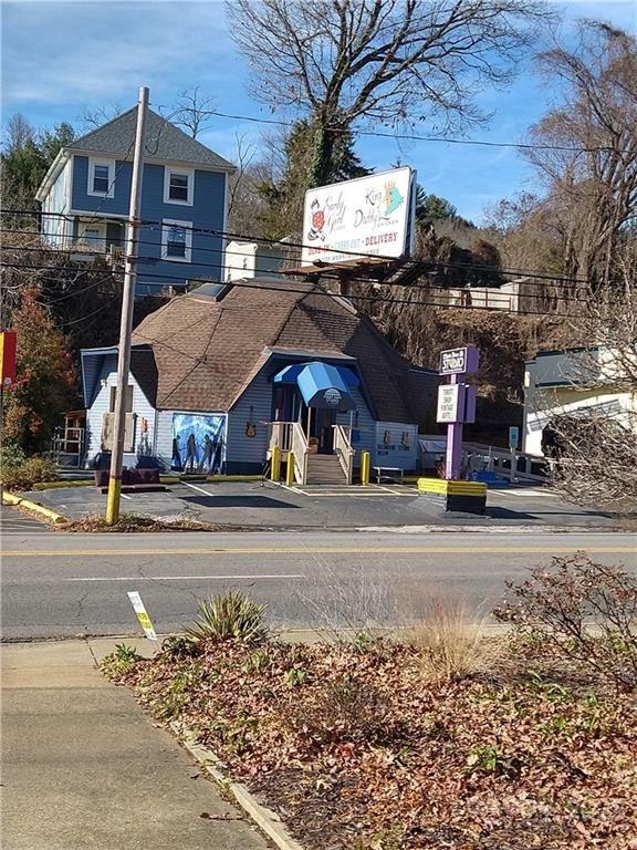 Photo of 738 Merrimon Avenue, Asheville, NC 28804 (MLS # 3691586)