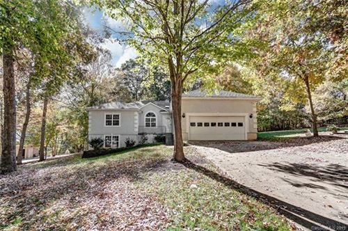Photo of 106 Shelter Cove Lane, Mooresville, NC 28117 (MLS # 3568596)