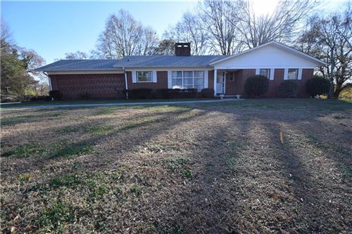 Photo of 843 6th Avenue SW, Hickory, NC 28602 (MLS # 3573596)