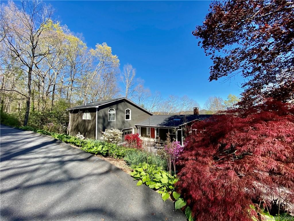 Photo of 116 Lakeview Road, Spruce Pine, NC 28777-3302 (MLS # 3615599)