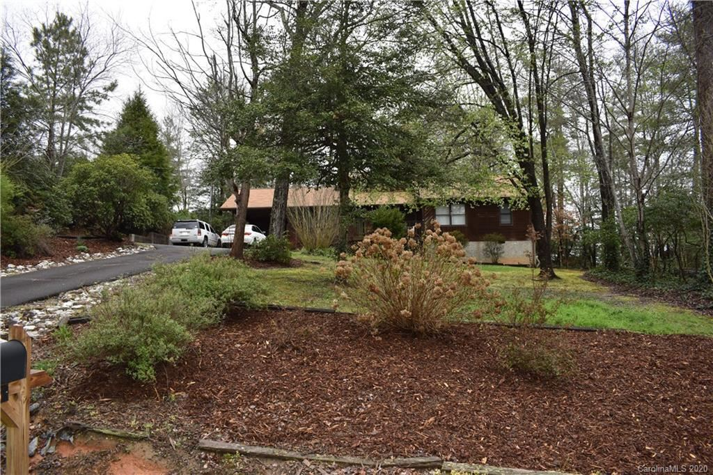 Photo of 156 Mountain Ivy Drive, Marion, NC 28752 (MLS # 3606612)