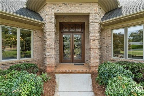 Photo of 7 Old Fox Trail, Lake Wylie, SC 29710-9209 (MLS # 3656614)
