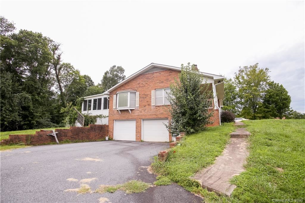 Photo of 153 Somerset Place, Marion, NC 28752 (MLS # 3649624)