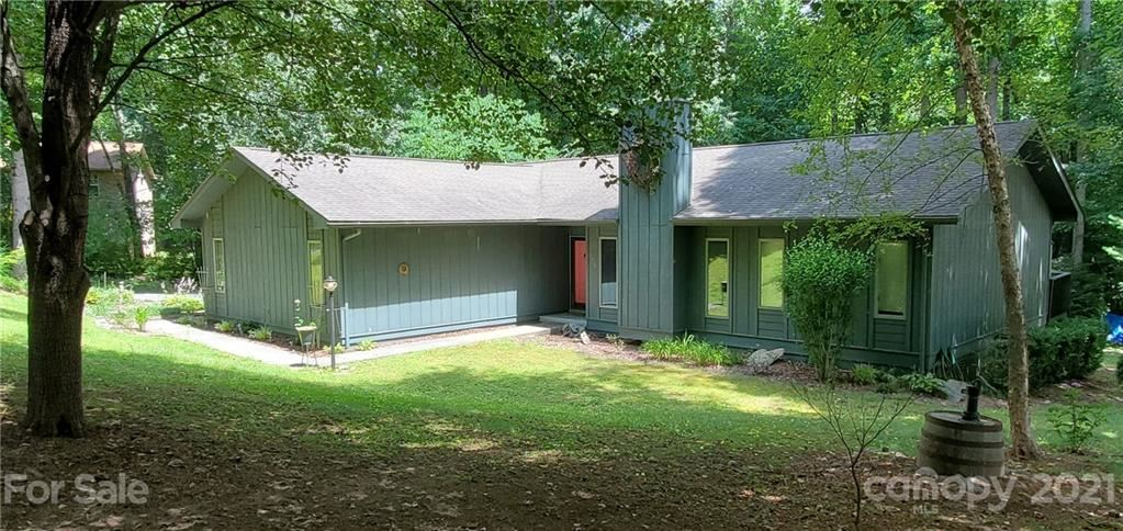 135 Shelly Drive, Hendersonville, NC 28792-9593 - MLS#: 3748629