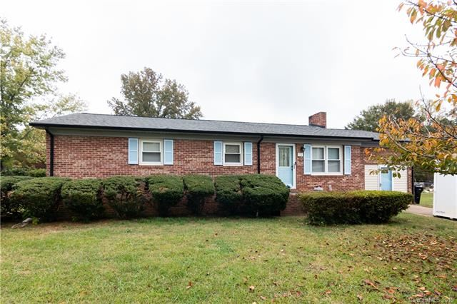 Photo for 734 Logan Street, Mooresville, NC 28115-2125 (MLS # 3567634)