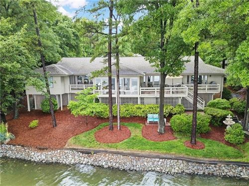 Photo of 34 Sunrise Point Road, Lake Wylie, SC 29710-9230 (MLS # 3620643)