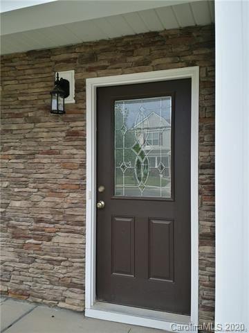 Photo of 9621 Pond Vista Court, Charlotte, NC 28216-6834 (MLS # 3640651)