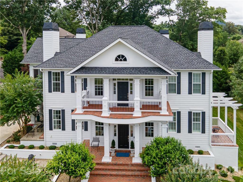 Photo of 401 Oak Tree Lane, Fletcher, NC 28732-9466 (MLS # 3789652)