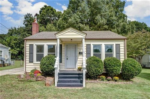 Photo of 529 W Iredell Avenue, Mooresville, NC 28115-3017 (MLS # 3663667)
