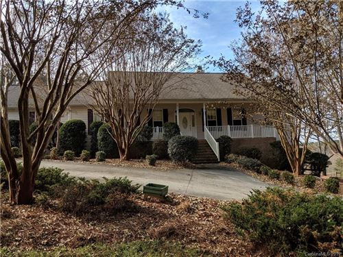 Photo of 823 Jennings Road, Statesville, NC 28625 (MLS # 3569679)