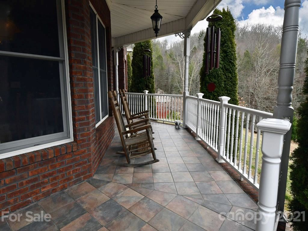 Photo of 664 Griffith Branch Road, Green Mountain, NC 28740 (MLS # 3596682)