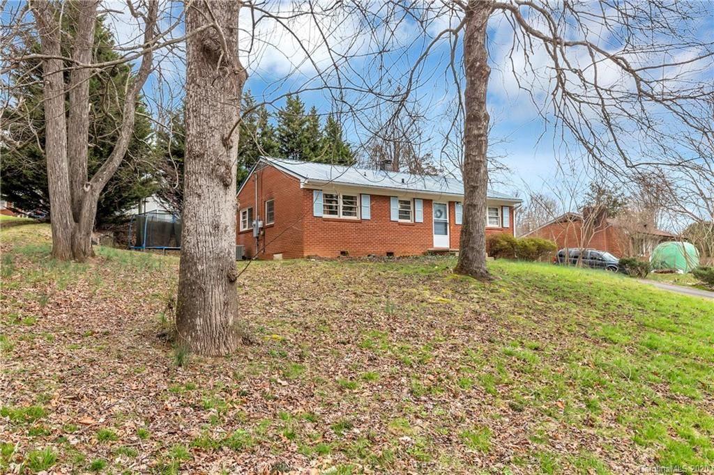 Photo of 48 Royal Oaks Drive, Arden, NC 28704 (MLS # 3602682)