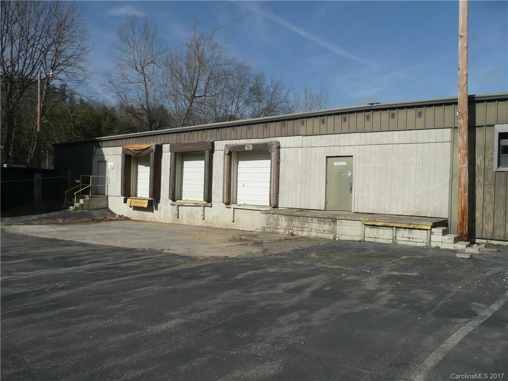 Photo of 621 Micaville Loop, Micaville, NC 28755 (MLS # 3329686)