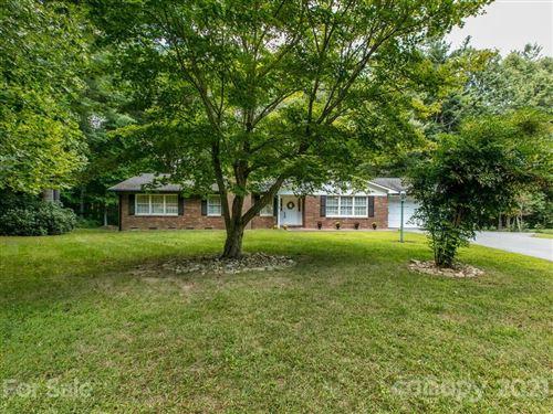 Photo of 355 Mockingbird Drive, Hendersonville, NC 28792 (MLS # 3786697)