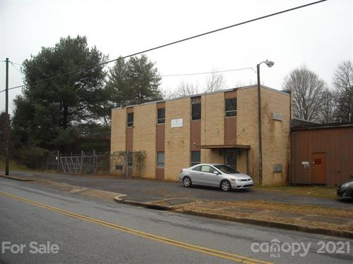 Photo of 1014 S Center Street, Hickory, NC 28602-3434 (MLS # 3702708)