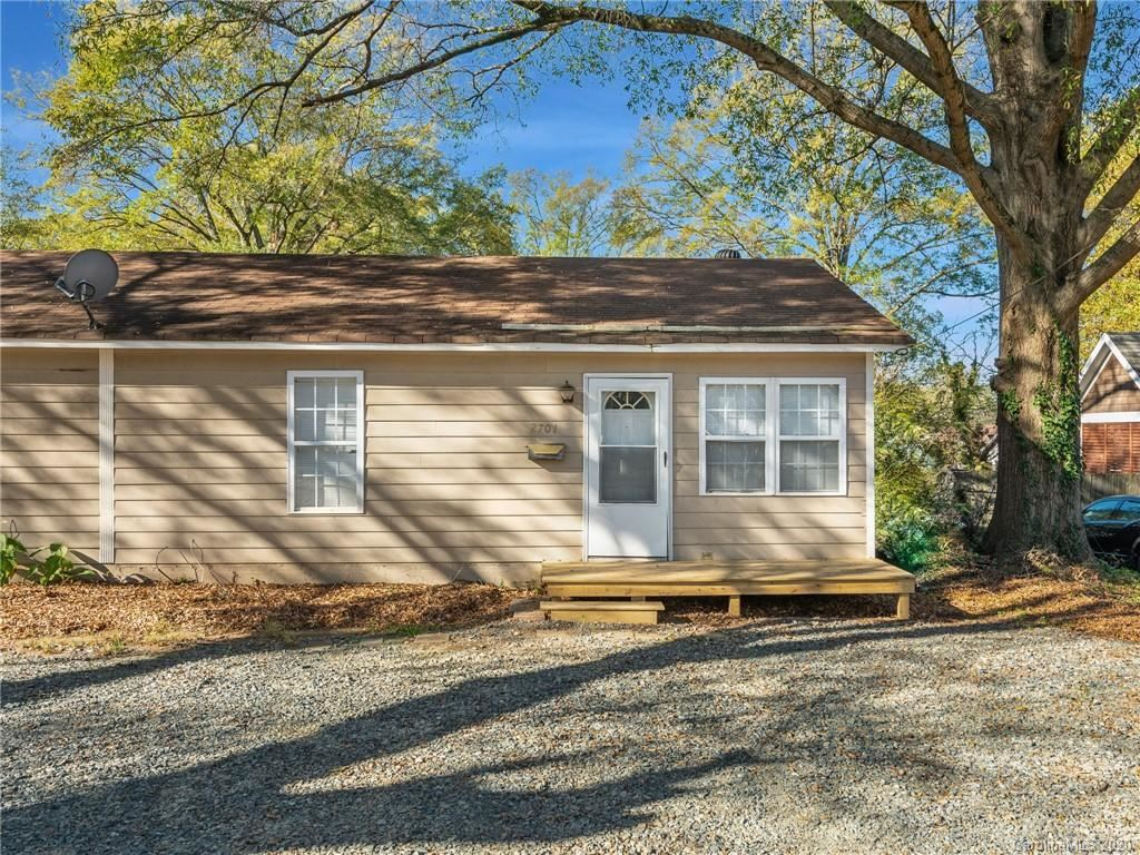 Photo for 2701 Clemson Avenue, Charlotte, NC 28205-1963 (MLS # 3682711)