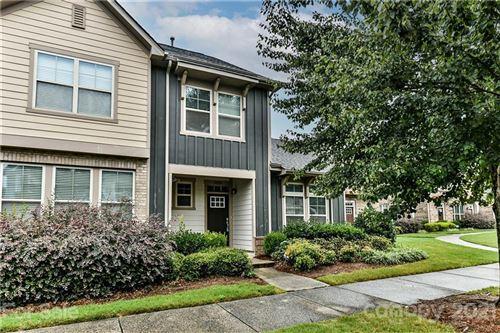 Photo of 3225 Bending Birch Place, Charlotte, NC 28206 (MLS # 3769717)