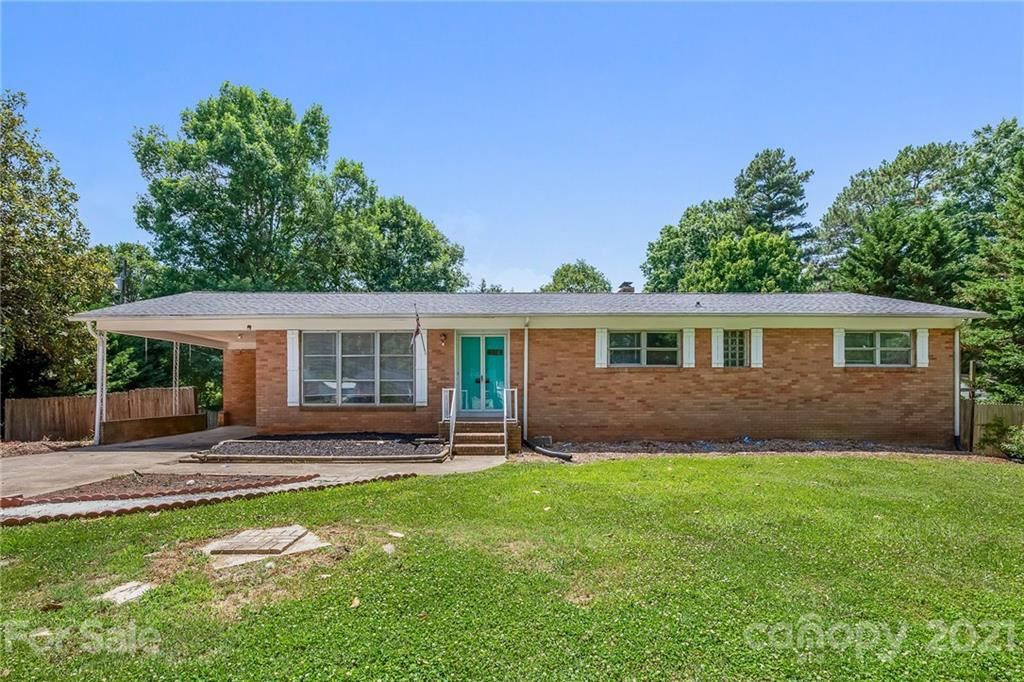 Photo for 1305 Delview Road, Cherryville, NC 28021-9610 (MLS # 3750723)