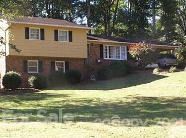 Photo of 1024 Cumberland Drive, Shelby, NC 28150-3610 (MLS # 3768724)