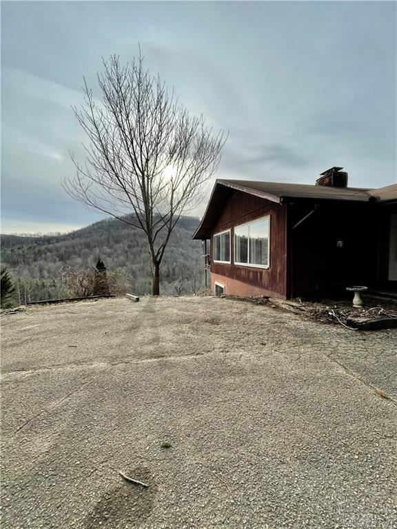 Photo of 838 Holly Dale Drive, Spruce Pine, NC 28777-6479 (MLS # 3695724)