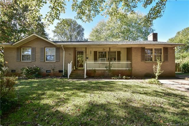 Photo for 8921 Singingpine Road, Charlotte, NC 28214 (MLS # 3527725)