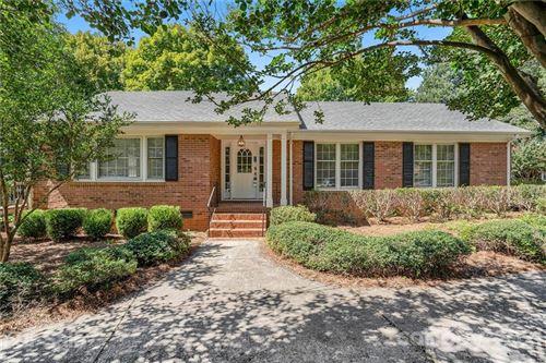 Photo of 8433 Dunsinane Drive, Charlotte, NC 28227-2625 (MLS # 3782727)