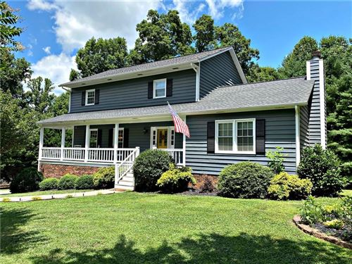 Photo of 2303 Westover Road, Hickory, NC 28602-8208 (MLS # 3639736)
