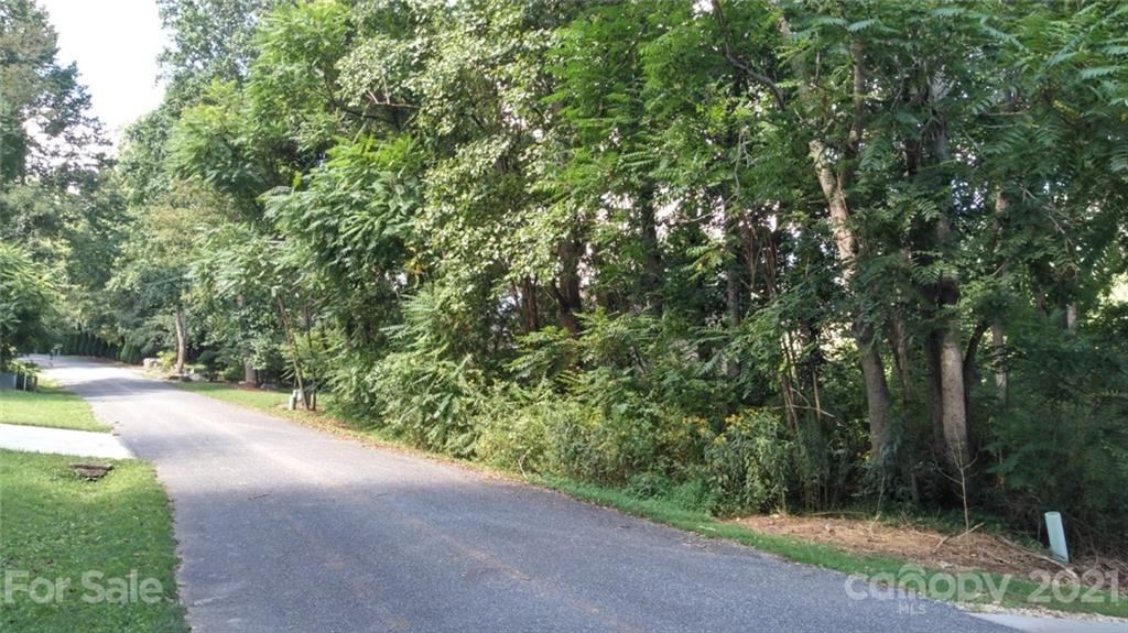Photo of Lot 210 Blue Ridge Drive N, Marion, NC 28752 (MLS # 3786742)