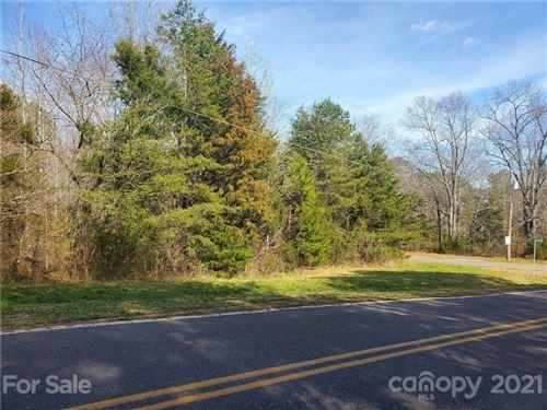 Photo of 325 Harbor View Drive, Cherryville, NC 28021 (MLS # 3717745)