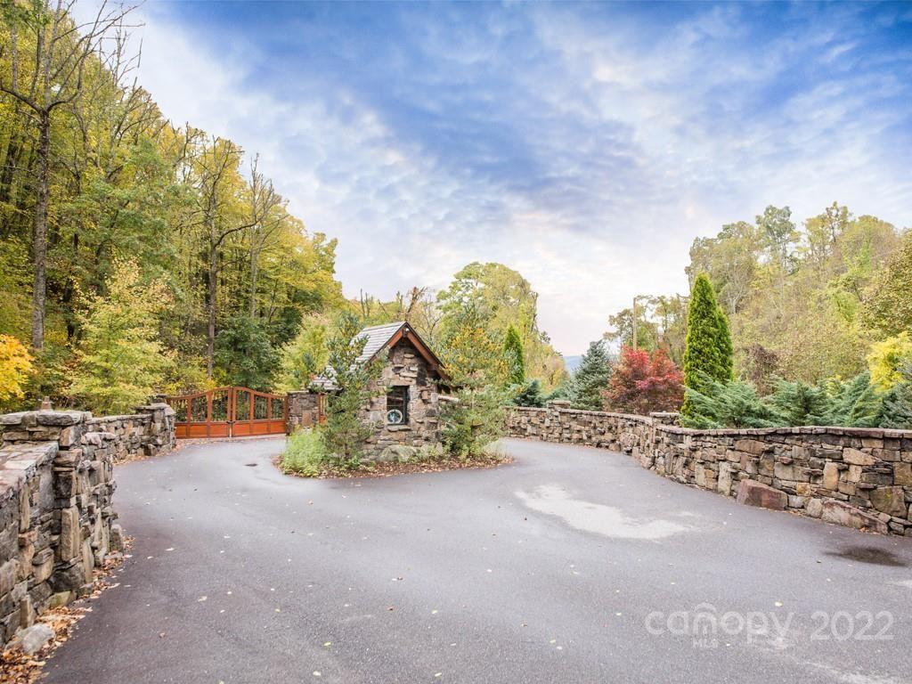 Photo of 99999 Estate Drive, Waynesville, NC 28786 (MLS # 3576746)