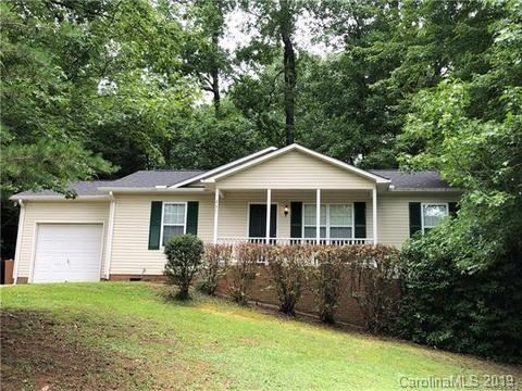 Photo of 251 Valleyview Road, Mooresville, NC 28117 (MLS # 3574752)