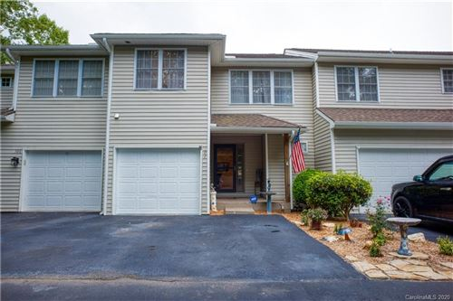 Photo of 102 Grist Mill Drive, Hendersonville, NC 28739 (MLS # 3647761)