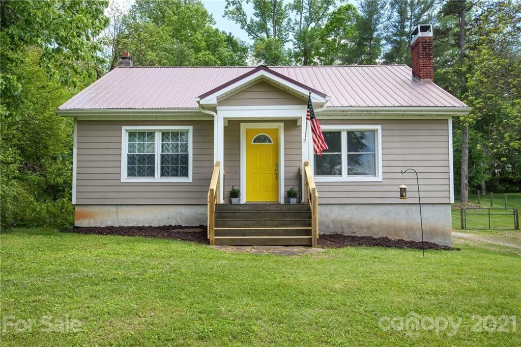Photo of 474 Glenwood Drive, Marion, NC 28752 (MLS # 3736763)