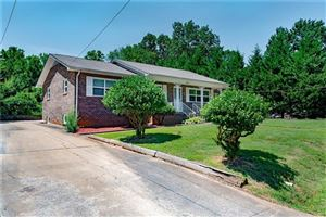 Photo of 2571 12th Avenue SW, Hickory, NC 28602 (MLS # 3529764)