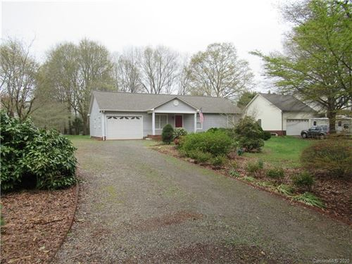Photo of 627 Blossom Hill Road, Lincolnton, NC 28092 (MLS # 3604765)