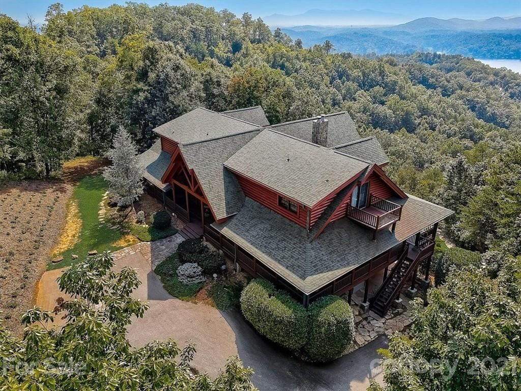 Photo of 166 Eagles Crest Way, Lake Lure, NC 28746-8226 (MLS # 3685776)