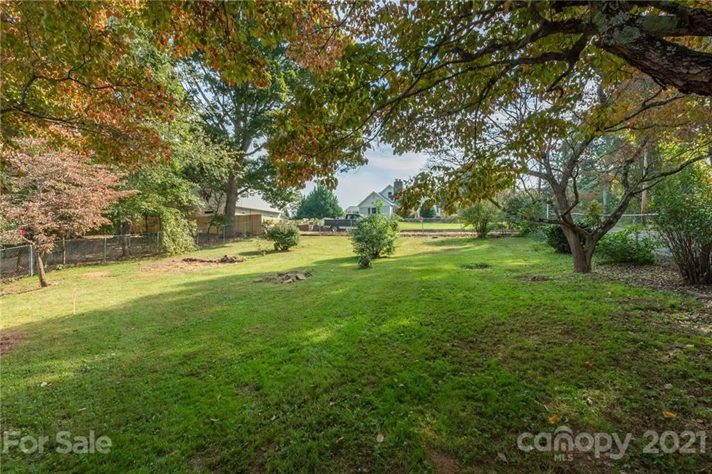 Photo of TBD Winston Avenue, Asheville, NC 28803 (MLS # 3789782)