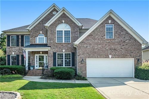 Photo of 4137 Autumn Cove Drive, Lake Wylie, SC 29710-9106 (MLS # 3763787)