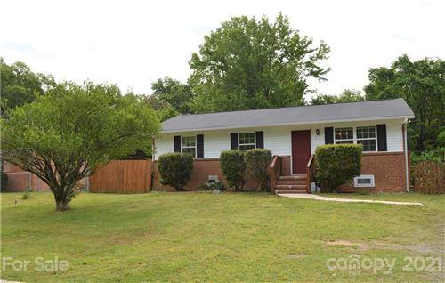 Photo of 808 Bilmark Avenue, Charlotte, NC 28213 (MLS # 3738795)