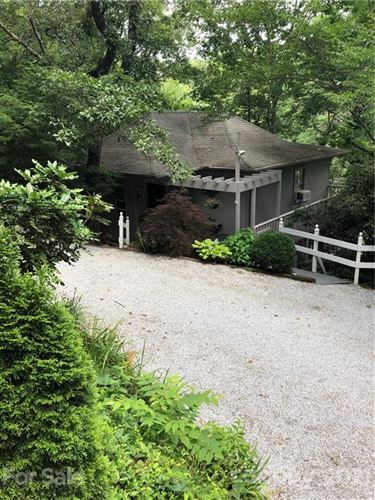 Photo of 70 Weaver Lane, Otto, NC 28763-9065 (MLS # 3766797)