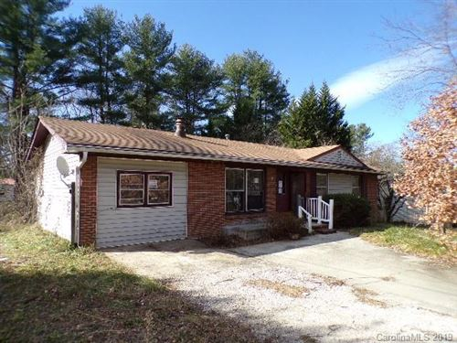 Photo of 138 Willowbrook Road, Hendersonville, NC 28792 (MLS # 3573800)