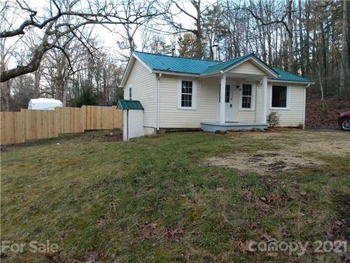 Photo of 127 Southbrook Road, Hendersonville, NC 28792 (MLS # 3698809)