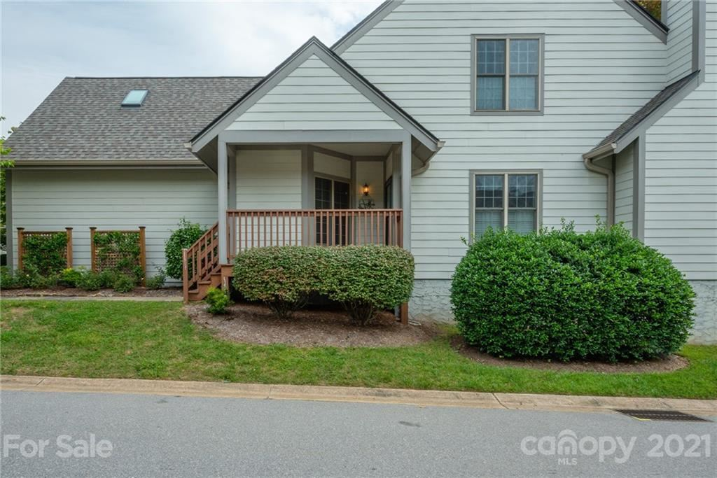 Photo of 70 Pinnacle Point, Asheville, NC 28805-2403 (MLS # 3789813)