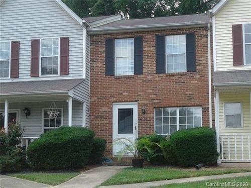 Photo of 6210 Windsor Gate Lane, Charlotte, NC 28215-4258 (MLS # 3650828)