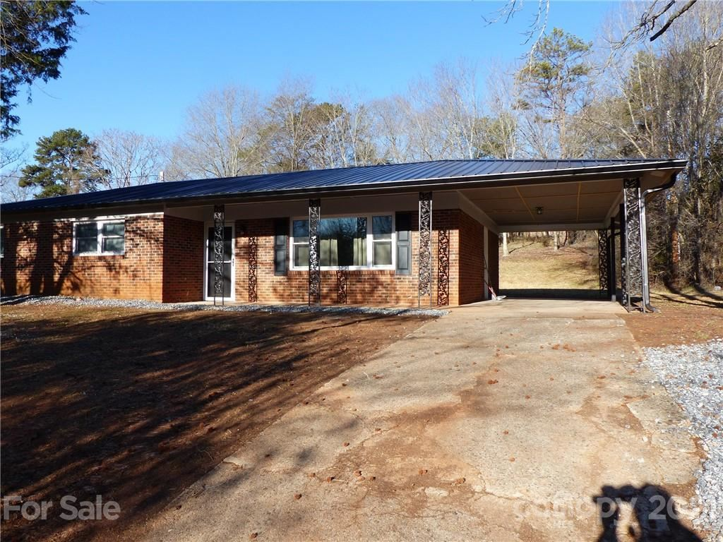 Photo for 125 Melody Lane, Forest City, NC 28043-2630 (MLS # 3704828)