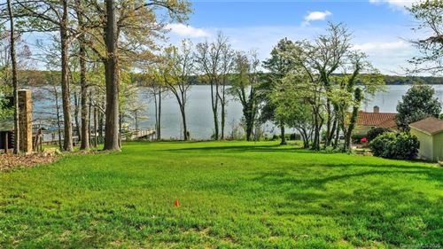 Photo of 4856 Moonlite Bay Drive, Sherrills Ford, NC 28673 (MLS # 3609841)
