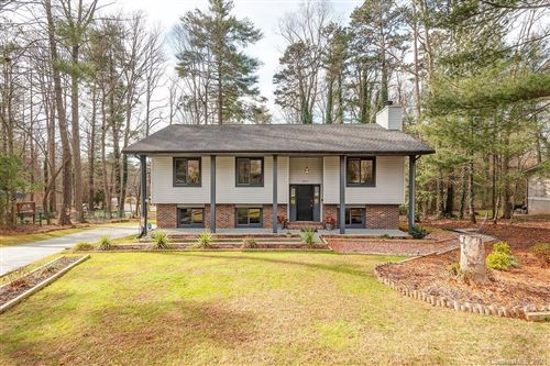 Photo of 18 Golden Oaks Lane, Fletcher, NC 28732 (MLS # 3695845)
