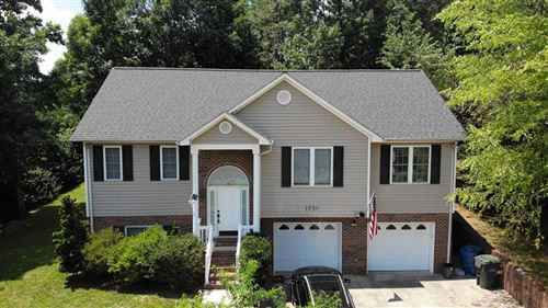 Photo of 1736 9th Street Place SE, Hickory, NC 28602-8331 (MLS # 3637847)