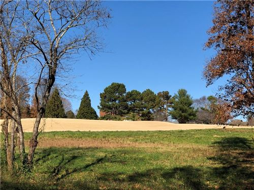 Photo of 2656 NE Birdie Lane NE, Conover, NC 28613 (MLS # 3453851)